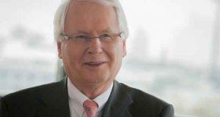 Auch er ein Mensch und Macher: Helmut Schmidt, Vorstandsvorsitzender derStadtmarketing Köln e.V. - copyright: Joachim Rieger.