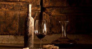 Wein als Wertanlage: Ein smartes Investment nach Top-Sommelier Rakhshan Zhouleh - copyright: Michael Stephan