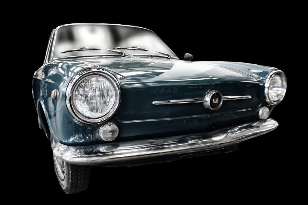 Oldtimer als Wertanlage? Meist stehende Autos mit laufenden Kosten - copyright: pixabay.com