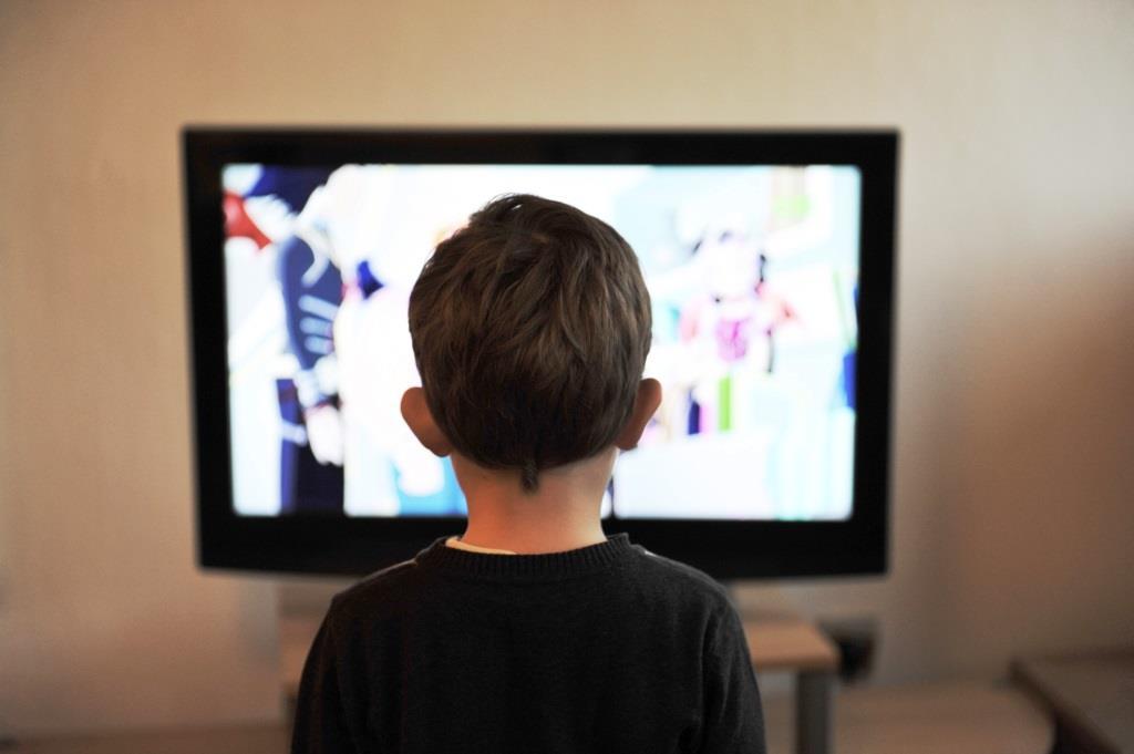 Smart TV-Bildschirme werden immer größer - copyright: pixabay.com