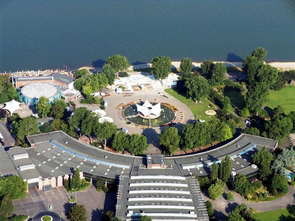 Das StaatenHaus am Kölner Rheinpark ist weit mehr als ein Provisorium für die Oper. - copyright: KölnKongress
