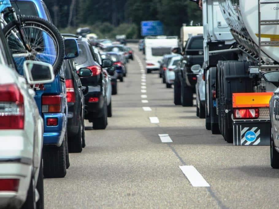 Hohe Belastung für PKW gerade in Innenstädten - copyright: pixabay.com