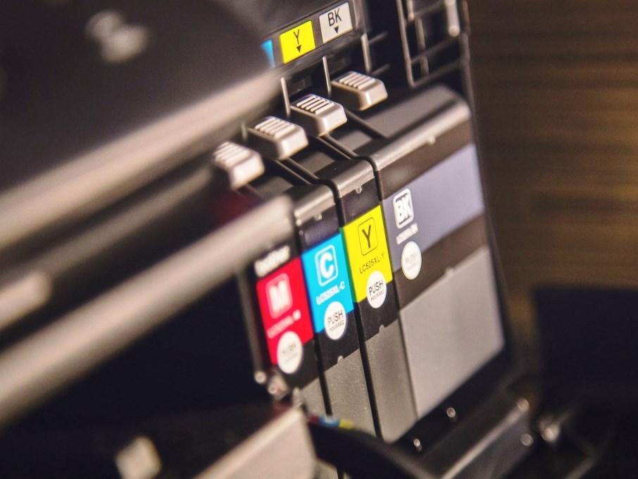 Einzelpatronen für jede Farbe oder alle in einer Kartusche? - copyright: pixabay.com