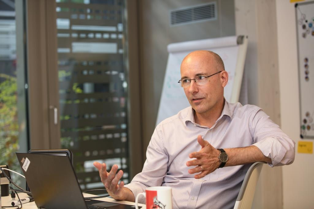 """Albert Dahmen: """"Innovation wird bei uns nicht nur durch das Management getrieben, sondern auch durch unsere Teams gelebt."""" - copyright: Die Wirtschaft Köln / Alex Weis"""
