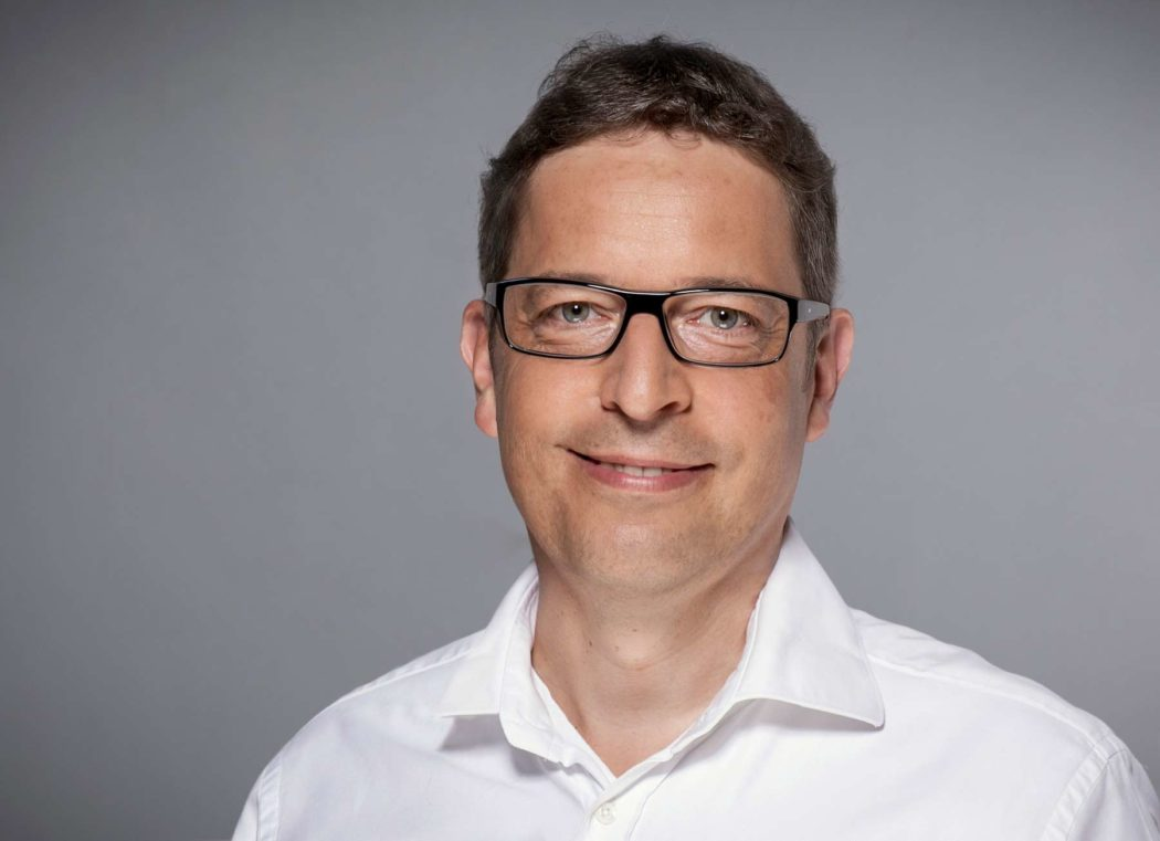 """""""Digitale Angebote sind für die Menschen eine Hilfe und können ihnen helfen, große Teile ihrer alltäglichen Aufgaben zu managen"""", sagt Philip Laucks, Chief Digital Officer der Postbank. - copyright: Postbank"""