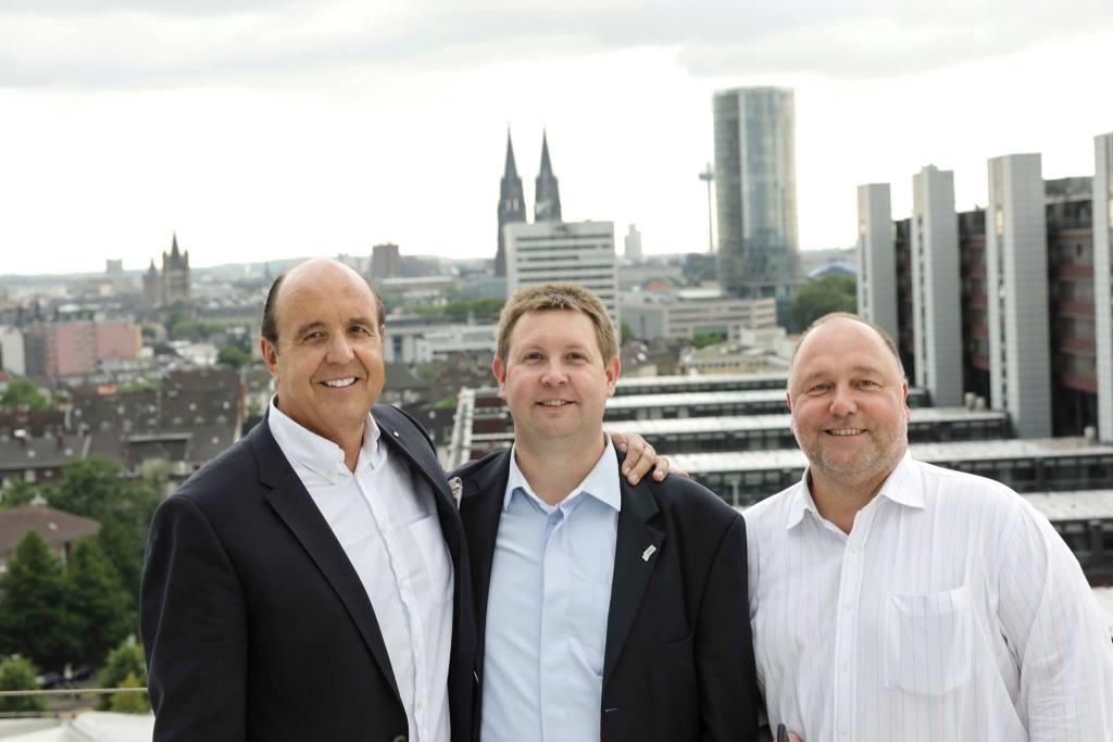 Dr. Ronald G. Münzer, Martin Müller und Jochen Ewald auf dem Dach der LANXESS arena. copyright: Ludwig Drathen, best business pictures