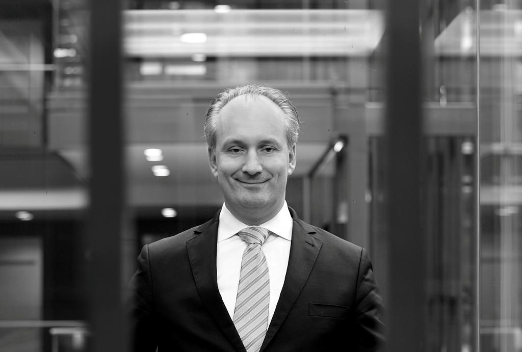 Klaus M. Brisch ist Experte für Cybersecurity und mahnt das Thema ernst zu nehmen. copyright: DWF Germany