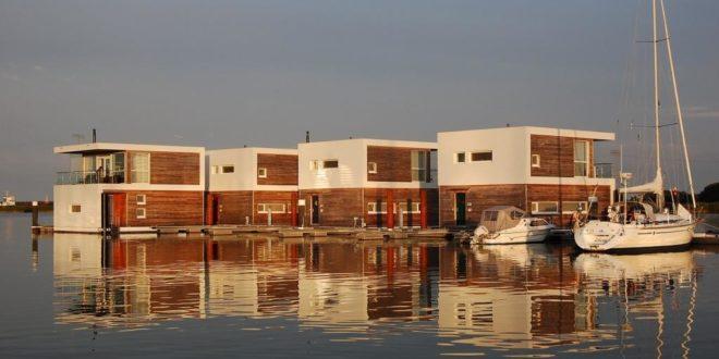 Nicht nah am, sondern auf dem Wasser gebaut: Floating Houses
