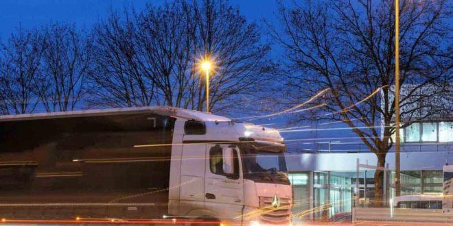 Logistikbranche im Aufschwung: Lenk- und Ruhezeiten für Berufskraftfahrer copyright: pixabay.com