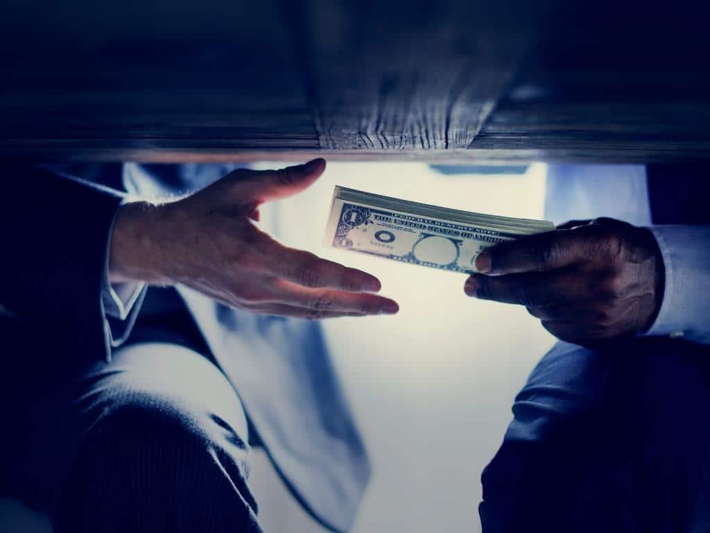Geldwäsche, Bestechung oder schon Betrug? copyright: Envato / Rawpixel