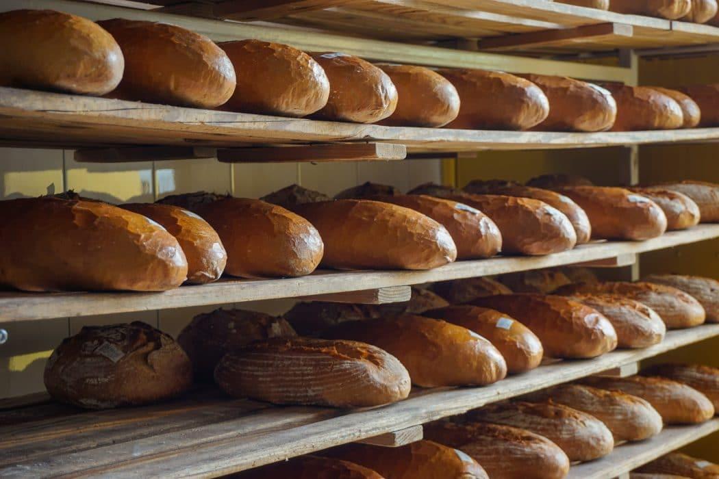 """Stirbt das Bäcker- und Fleischerhandwerk bald aus? Nur wenige sind noch mit """"Herz"""" dabei. Copyright: Pixabay"""