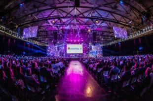 Vernetzen, Ideen austauschen, voneinander lernen – dazu kommen Entscheider von Startups, Mittelstand, Konzernen, Politik und Wissenschaft in den Kölner Messehallen zusammen. Copyright: Deutsche Telekom