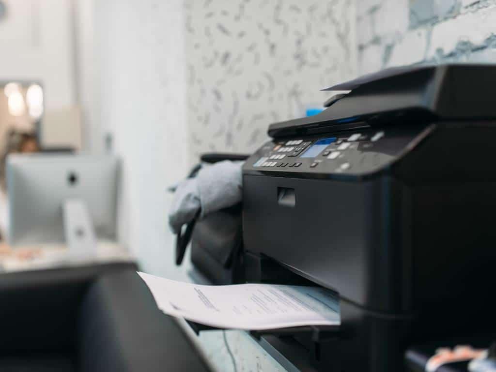 Das können Sie tun, wenn der Drucker streikt! copyright: Envato / NomadSoul1