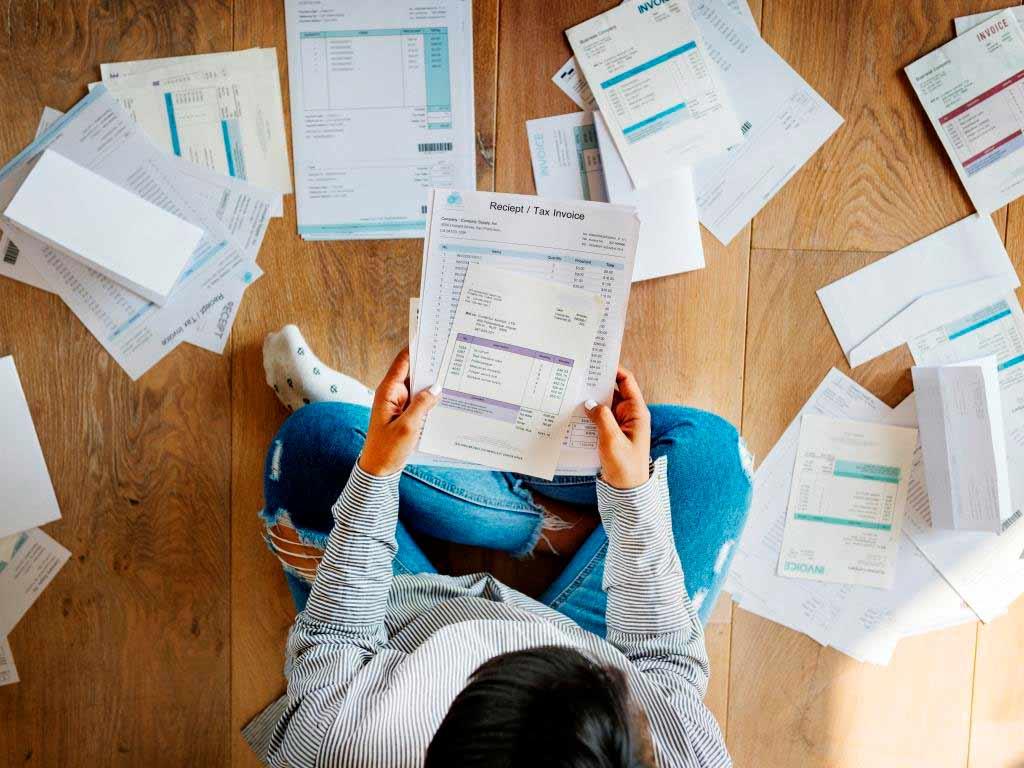 Was muss eine Einnahmen-Überschuss-Rechnung beinhalten? copyright: Envato / Rawpixel