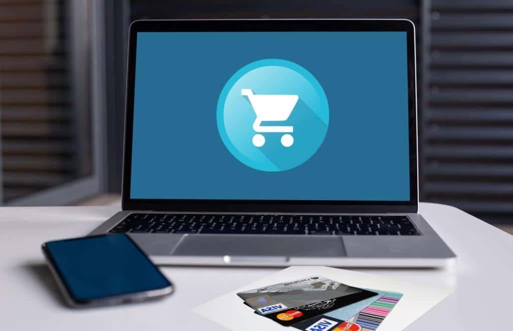 Viele Online-Shops bieten die Zahlung über einen Bezahldienst wie PayPal, Paydirekt etc. an. Credit: Pixabay