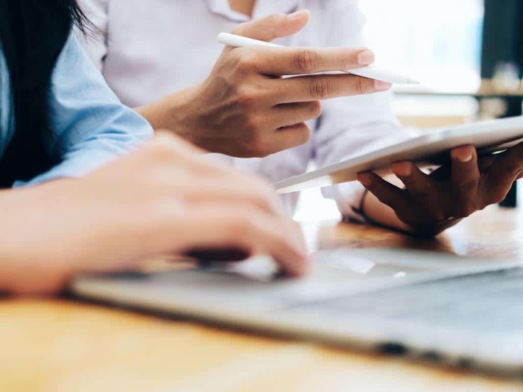 Digitalisierungsbedarf steigt: Prozesse optimierten mit ERP-Systemen copyright: Envato / twenty20photos