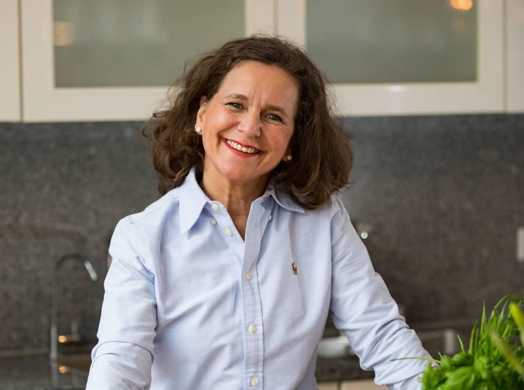 Stefanie Kleiner ist leidenschaftliche Profiköchin und ausgebildete Ernährungsberaterin. Copyright: esswahres