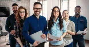 Schubladen im Kopf: Vorurteile blockieren Diversität in Unternehmen